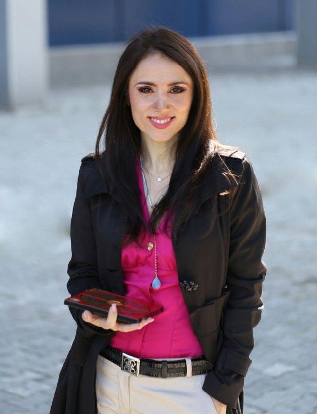 Cristina Groza, maestru international Feng Shui 1