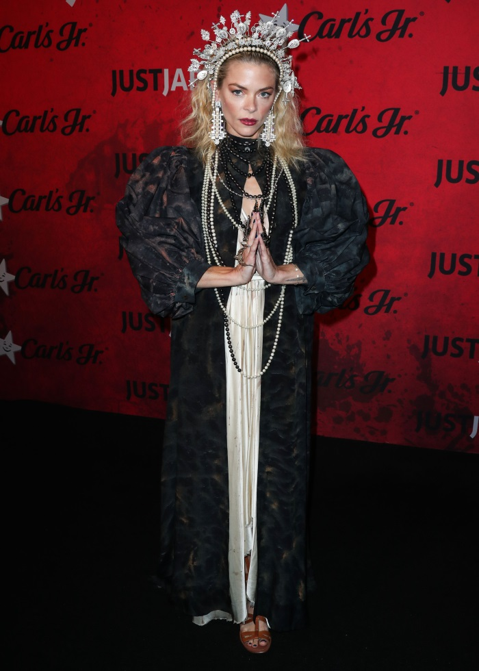 Jaime King - Cele mai tari costume de Halloween 2018 - costume simple de halloween 2018