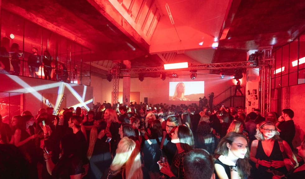 Givenchy a dezvăluit noua variantă a clasicului parfum L'INTERDIT printr-un eveniment spectaculos