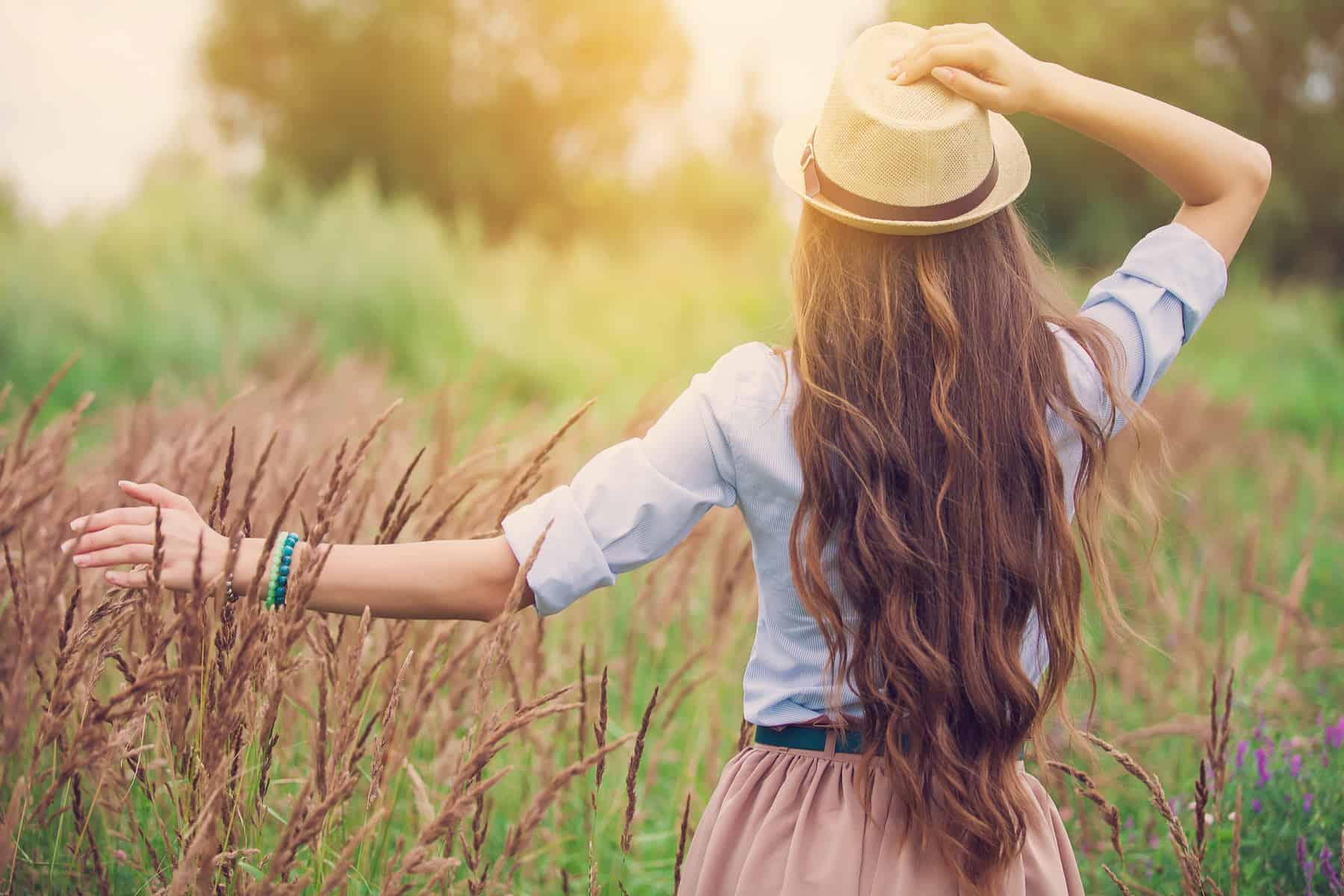 (P) Diferenţa dintre căderea şi rărirea părului: depistare şi tratament