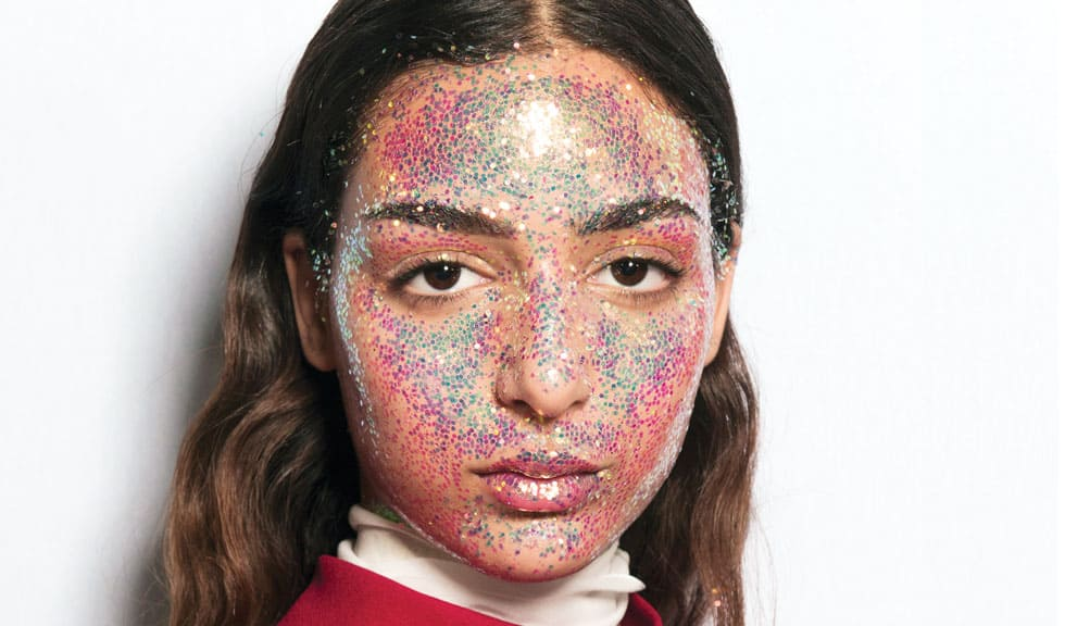 Frumusețe extravagantă = glitter în exces