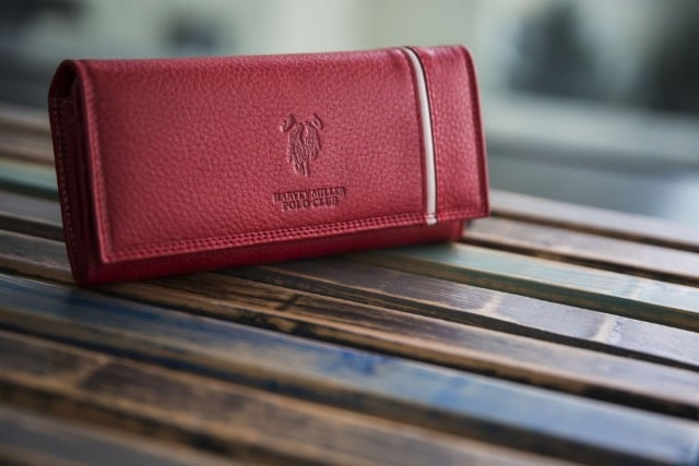 Regulile de aur de care sa tii cont atunci cand iti cumperi un portofel