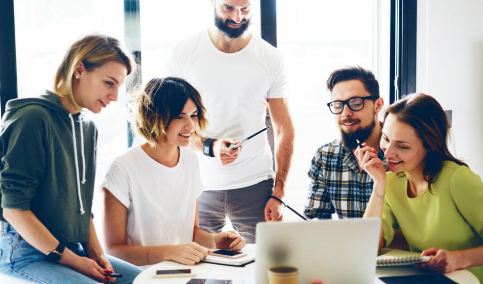 Salariile specialiștilor români în marketing, PR și publicitate, printre cele mai mici din regiune
