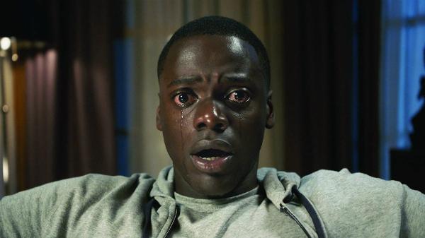 10 filme thriller care te vor speria fără să-ți creeze coșmaruri