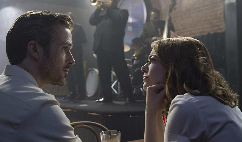 Ce ar trebui să știi dacă ești într-o relație cu un bărbat pesimist