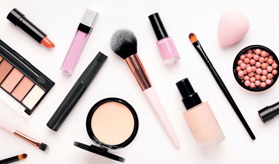 Piața neagră a frumuseții: despre produsele cosmetice falsificate și riscurile folosirii lor